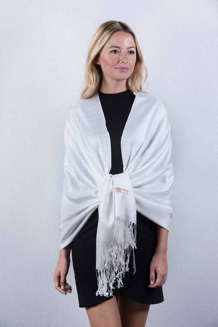 Scarf | Label | Solid | White